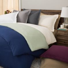 Give your bedroom a refined makeover with this comfortable flannel duvet cover set. This cozy cover set is constructed of 100-percent cotton and features a soft nap to help retain your body's heat and keep you warm throughout the night.