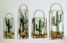 make a fused glass succulent - Bing images Fused Glass Plates, Fused Glass Jewelry, Fused Glass Art, Stained Glass Art, Mosaic Glass, Glass Plaques, Glass Cactus, Glass Vase, Glass Fusing Projects