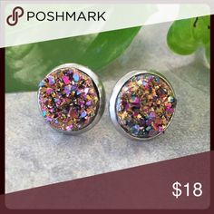 Pink & Gold Druzy Studs - Handmade!! Beautiful druzy stud earrings. These iridescent pink and gold stones are set in stainless steel, stud earring settings and measure 14mm. Jewelry Necklaces