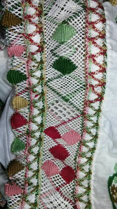 Bobbin Lacemaking, Macrame, Bohemian Rug, Quilts, Embroidery, World, Folklore, Crochet Edgings, Hand Embroidery