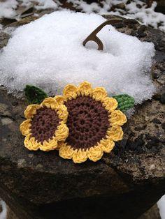 My crochet sunflower brooches