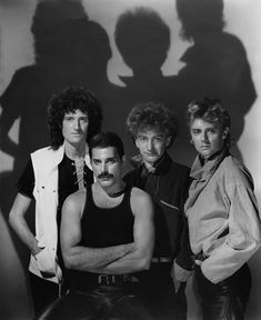 Queen - Brian May, Freddie Mercury, John Deacon & Roger Taylor - Photo by George Hurrell John Deacon, Queen Freddie Mercury, Led Zeppelin, Music Is Life, My Music, Rock And Roll, Freedie Mercury, Musica Country, George Hurrell