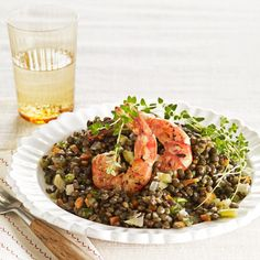 A dijon mustard and sherry vinegar dressing tops this warm lentil salad with shrimp. Slow Carb Recipes, Cooking Recipes, Healthy Recipes, Meatless Recipes, Clean Recipes, Veggie Recipes, Shrimp Recipes, Dinner Entrees, Salads