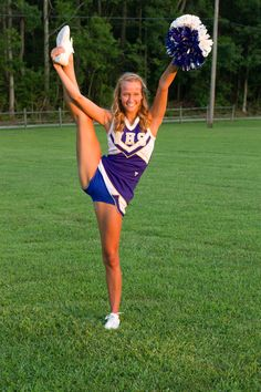 senior cheerleading picture
