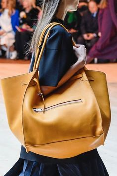 8bdb37a5ed43 623 Best bags images in 2019
