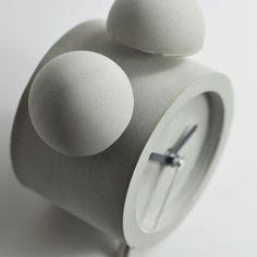 Concrete Alarm Clock | Product design | Concrete design | Beton design | betonlook | www.eurocol.com