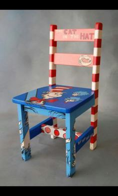 Chair – Cat in the Hat nursery. I want cat in the hat themed kids chairs! Hand Painted Chairs, Hand Painted Furniture, Funky Furniture, Repurposed Furniture, Kids Furniture, Painted Stools, Painted Tables, Decoupage Furniture, Painted Wood