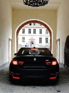 BMW F82 M4 - 4 Series F32