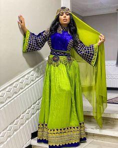 Ethnic Fashion, Indian Fashion, Afghani Clothes, Hijab Dress Party, Afghan Girl, Afghan Dresses, Cool Braid Hairstyles, Formal Wedding, Traditional Dresses