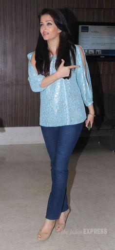 Bollywood beauties Aishwarya Rai Bachchan, Jacqueline Fernandez and Kangana Ranaut were busy with their assignments. Actress Aishwarya Rai, Aishwarya Rai Bachchan, Bollywood Actress, Indian Celebrities, Bollywood Celebrities, Bollywood Fashion, Western Outfits, Western Wear, Aishwarya Rai Pictures