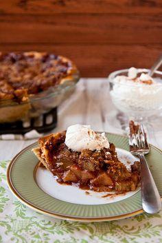 Southern Comfort Apple Pie by foodiebride, via Flickr