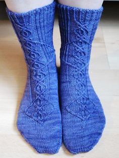 Ravelry: Twisted Mockery pattern by Lisa Stichweh