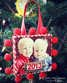 DIY Photo Ornament!  SUCH a cute and easy idea!  Great keepsake AND makes a great gift for the grandparents!!