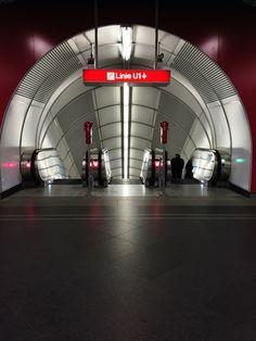 Corporate Identity Design, Metro Subway, U Bahn, Lokal, Vienna Austria, Most Beautiful Pictures, Planes, Trains, Arch