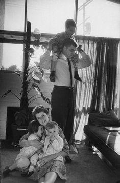 <strong>Not published in LIFE.</strong> The former Barbara Ledermann, now Mrs. Martin Rodbell, with her family in Maryland, 1959.