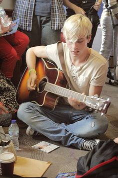 Riker Lynch at G3 July 2013 via ineslovesdc.tumblr.com