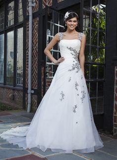 Charming A-line Strapless Floor-Length Appliques Chapel Train Wedding Dress With The Detachable Straps - Dolcedress.com