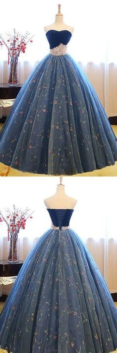 Blue sweetheart neck tulle long prom gown, blue sweet 16 dress, modest prom dress, formal dresses, wedding gown Source by frederikehedtfe gowns Sweet 16 Dresses Blue, Dark Blue Prom Dresses, Blue Lace Prom Dress, Prom Dresses 2018, Long Prom Gowns, Ball Gowns Prom, Ball Dresses, Pretty Dresses, Evening Dresses