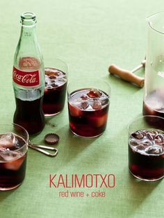 A recipe for Kalimotxo, red wine and coke. The best Basque drink ever. Refreshing Drinks, Fun Drinks, Yummy Drinks, Yummy Food, Mixed Drinks, Alcoholic Beverages, Fun Food, Cheap Red Wine, Basque Food