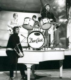 The Dave Clark Five, Mike Smith, British Invasion, Drums, Entertaining, Music Artists, Board, Percussion, Musicians