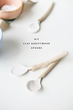 These DIY clay and driftwood spoons are perfect props for your Instagram photos and we've covered them in a food safe Decopatch varnish so you can use them for dry foods like sprinkling sugar on your Sunday brunch pancakes.