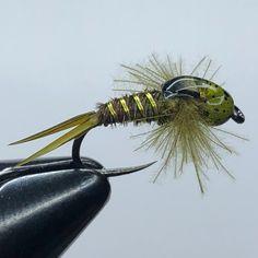 Green Drake Nymph Variant...#flytying #loonoutdoors #petitjeanmagictool #stupidsharp #fishnaked #fireholeoutdoors #flyfishing #hareline