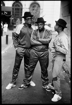 Trendy style hip hop run dmc Ideas Mode Hip Hop, 80s Hip Hop, Hip Hop Rap, Run Dmc, Estilo Hip Hop, Adidas Superstar, 1990s Fashion Trends, Trendy Fashion, Fashion Women