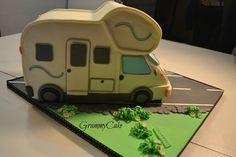 Camper cake - Cake by GrammyCake Camper Van Cake, Caravan Cake, Camper Cakes, Dad Cake, Woodland Cake, Lego Birthday Party, Birthday Cakes, Grandma Birthday, Creative Cakes