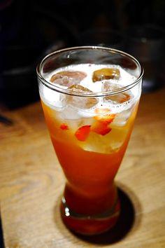 水蜜桃鮮草莓綠茶 @小王牛肉麵