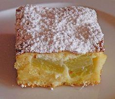 Rhabarberkuchen mit Schmandhaube, ein sehr schönes Rezept aus der Kategorie Kuchen. Bewertungen: 106. Durchschnitt: Ø 4,5.
