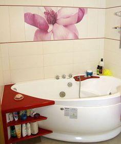 Дизайн розовой маленькой ванной комнаты фото 27