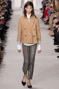 Женские пиджаки 2017 (161 фото): стильные модели и фасоны, красивые образы
