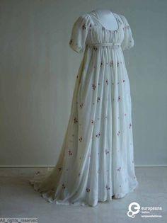 Dress, 1795-1805. Mode Museum.