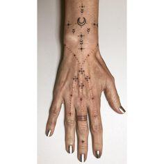 ☩ Healed + fresh for Autumn ☩ Finger Tattoo Designs, Finger Tattoos, Dot Tattoos, Mini Tattoos, Body Art Tattoos, Small Tattoos, Tattoo Ink, Arm Tattoo, Tatoos