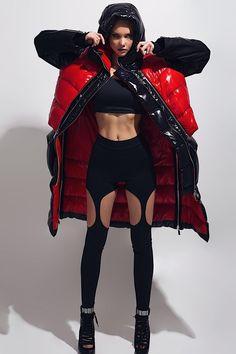 Nylons, Cool Coats, Leather Jacket Outfits, Down Puffer Coat, Sport Chic, Future Fashion, Outerwear Women, Urban Fashion, Women's Fashion