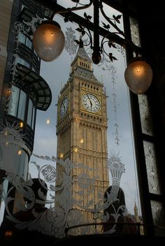 Big Ben From St. Stephen's Tavern, London.
