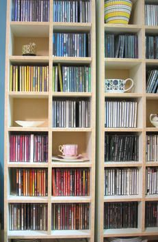 A four-step guide for organizing any room, plus 13 strategies to prevent procrastination.