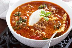 Lasagna soup- This slow cooker soup recipe puts a yummy twist on a popular dish. Lasagna soup- This slow cooker soup recipe puts a yummy twist on a popular dish. Slow Cooker Lasagna, Slow Cooker Turkey, Slow Cooker Soup, Slow Cooker Recipes, Crockpot Recipes, Soup Recipes, Cooking Recipes, Recipies, Dinner Recipes