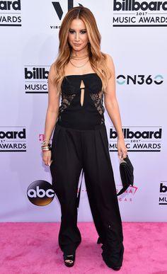 Rumi reviews the sartorial selection at the Billboard Music Awards 2017.