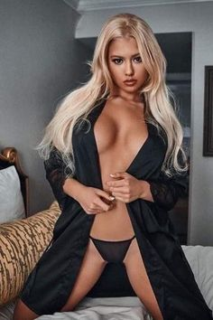love is not to look at one another, but to look together in the same direction. 🔥🔥🔥 Beautiful girls are looking for men. Come in, meet the girl and have fun! Beautiful Legs, Gorgeous Women, Blonde Beauty, Beautiful Lingerie, Sexy Hot Girls, Sexy Women, Glamour, Bikinis, Exercise Quotes