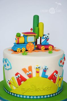 Bob, the Train cake - Cake by Cherry Red Cake (birthday cake making) Baby Cakes, Cupcake Cakes, Fondant Cakes Kids, Fondant Toppers, Baby Birthday Cakes, 2 Year Old Birthday Cake, Tractor Birthday Cakes, 2nd Birthday, Red Cake
