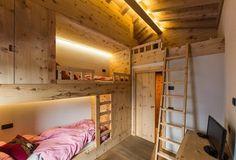 armadi alternati a letto a castello La Genzianella - Junior Suite Panorama e Family Room Chalet, Bormio, 2016 - BEARprogetti