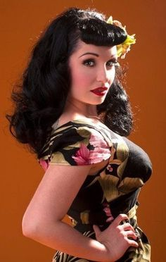 great look for curly hair... Get the Look: Pin Up Girl