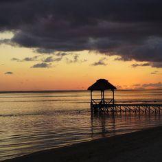 Wonderful Sunset  #Mauritius #romantik #outrigger #outriggermauritiusresort #paradise #beach #indianocean #sunset #chillout