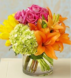 We think the name says it all! Our expert florists artfully arrange petite bundles of pastel roses, tulips, lilies and a mini hydrangea inside a modern glass cylinder vase to deliver big smiles for birthdays, housewarmings or just because they could use a burst of beautiful color in their day.