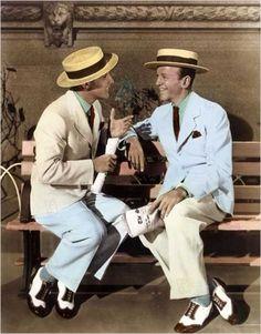 Gene Kelly et Fred Astaire, photo de promotion colorisée :  Ziegfeld Follies, film de Vincente Minnelli, 1946.