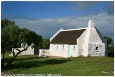 Old fishermen's house. a Historical monument at Struisbaai. Fishermans Cottage, Cape Dutch, African House, Old Fisherman, Dutch House, Historical Monuments, Rest Of The World, Beach Cottages, Countries Of The World