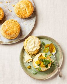 Yotam Ottolenghi's saffron and mustard scones with cheddar and piccalilli Best Appetizer Recipes, Best Appetizers, Veg Recipes, Vegetarian Recipes, Snack Recipes, Healthy Recipes, Snacks, Ovo Vegetarian, Weeknight Recipes