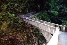 Benson Foot Bridge, Multnomah Falls, Oregon ✯ ωнιмѕу ѕαη∂у