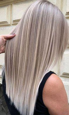 Blonde Hair Shades, Light Blonde Hair, Blonde Hair Looks, Brown Blonde Hair, Light Blonde Balayage, Highlights On Blonde Hair, Cool Ash Blonde, Platinum Blonde Balayage, Blonde Honey